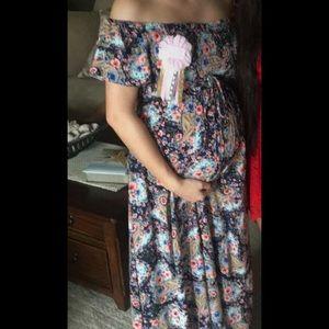 Jessica Simpson Dresses - Jessica Simpson maternity dress
